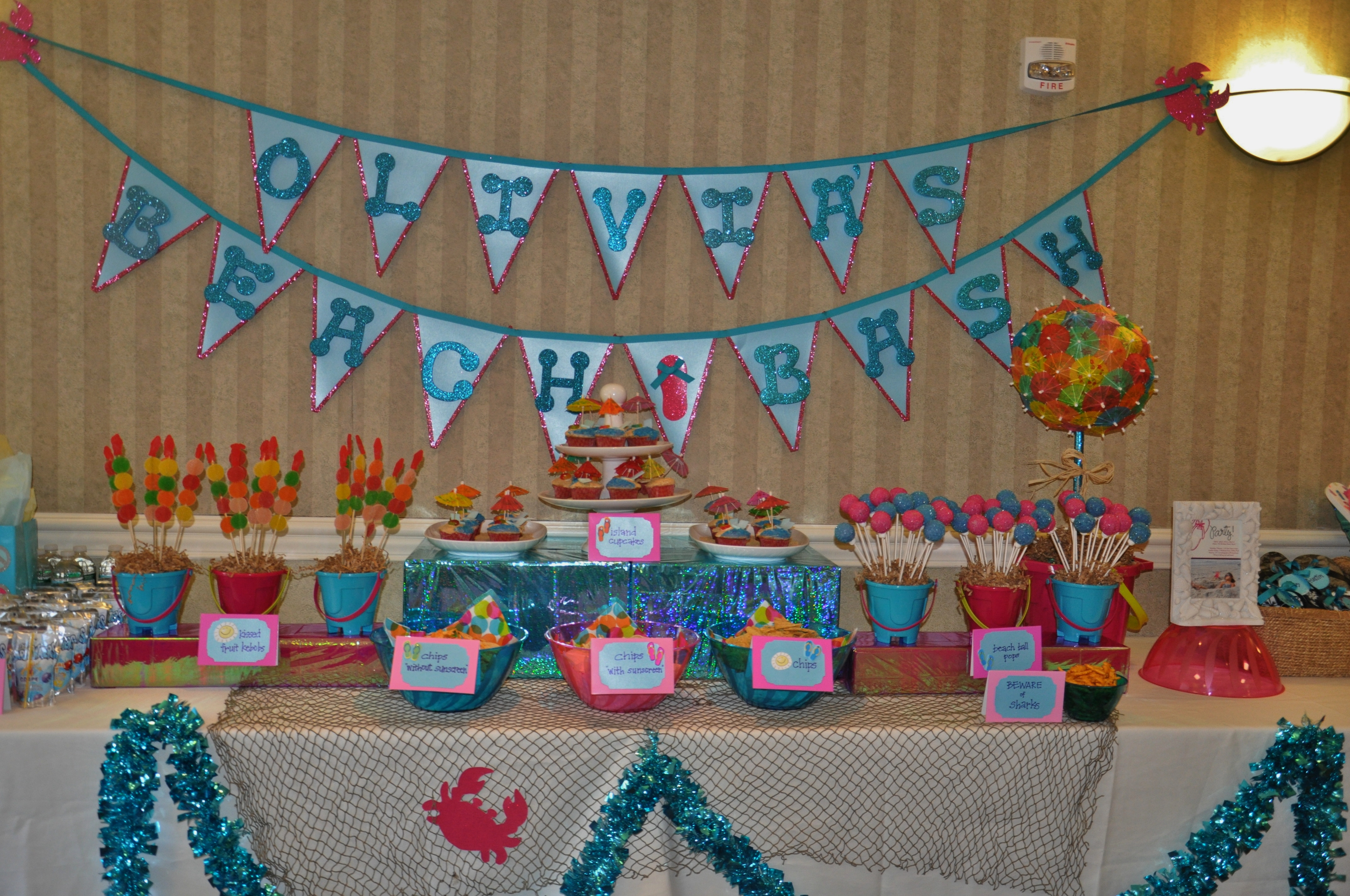 Beach bash indoor pool party sweet boochie for Indoor decoration ideas